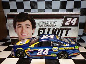 Chase Elliott 2017 NAPA Brakes #24 1//24 Nascar Diecast