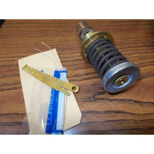 """JOHNSON CONTROLS V-3974-612//17-312-80574 1//2/"""" INNER VALVE /& SPRING ASSY."""