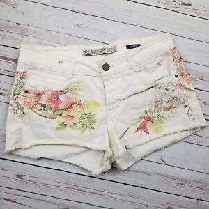 ca69d437 Trafaluc TRF ZARA White Floral Print Short Shorts Size 4, EUC Summer ...