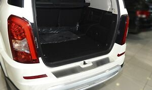 Ssang-Yong-REXTON-W-2012-Rear-Bumper-Profiled-Protector-Stainless-Steel-Cover