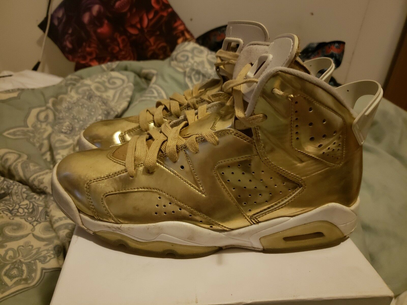 Nike Air Jordan 6 Pinnacle Metallic gold Size 10 pre owned