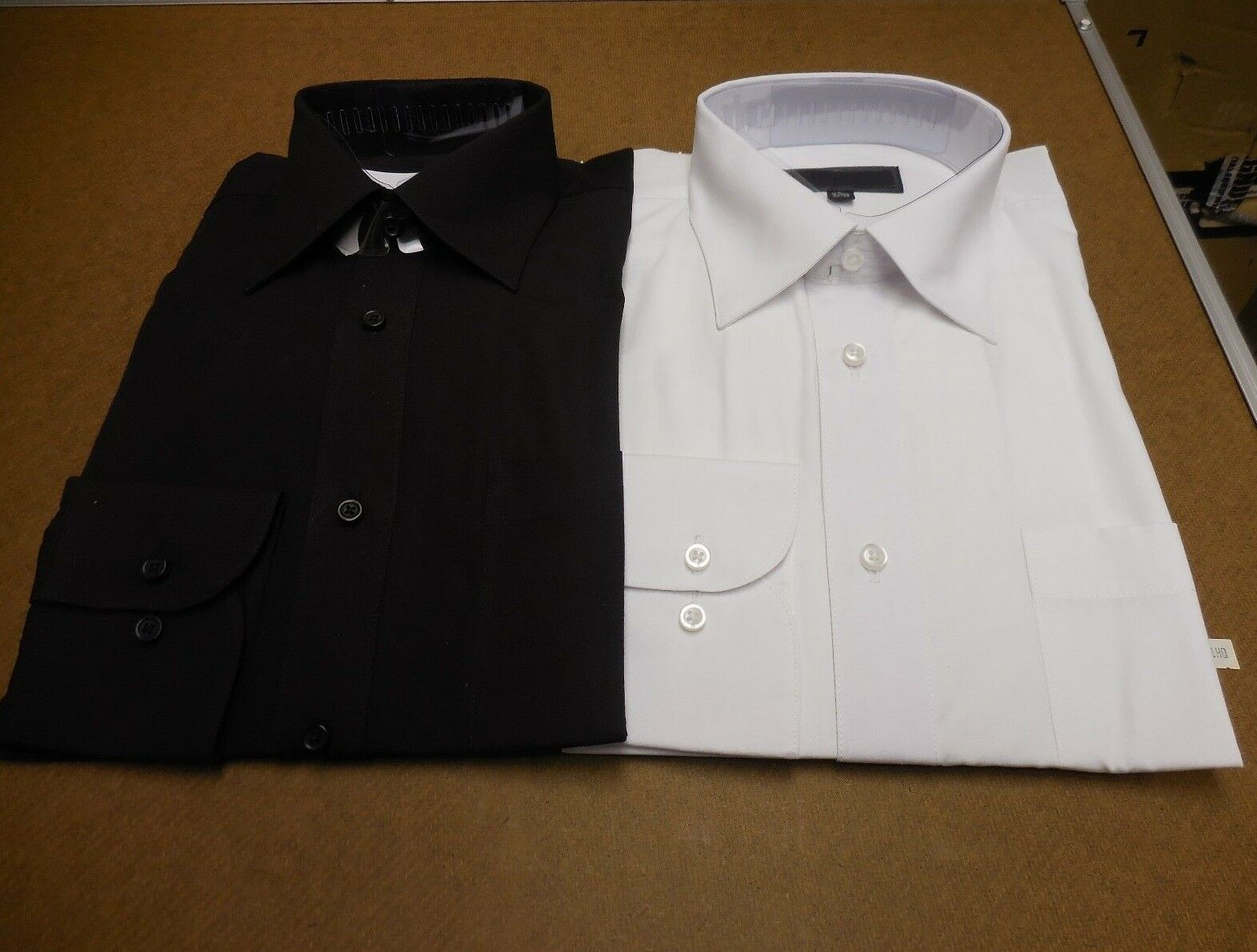 Arrow Men/'s Size 16-16 1//2 34//35 Raspberry Red Classic Fit Dress Shirt NEW