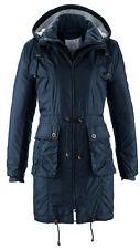 Mantel mit aufgesetzten Seitentaschen, einer Kapuze * Gr. 34