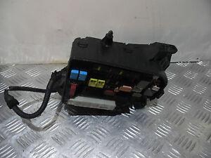 toyota prius 1 8 petrol automatic 2009 2013 fuse box 82641 47080 ebay 2005 toyota prius fuse box image is loading toyota prius 1 8 petrol automatic 2009 2013