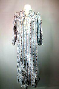 vtg-mint-lanz-of-salzburg-heart-Eyelet-flannel-Cotton-nightgown-Sz-M-usa-Flannel