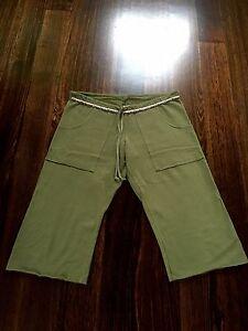 John-Eshaya-Ts-JET-LA-Brand-Womens-Designer-3-4-Pants-One-Size-Shorts-Cost-150