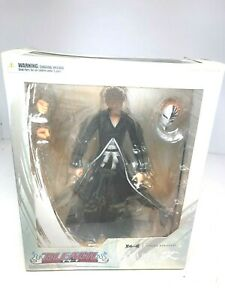 Play Arts Kai Bleach Ichigo Kurosaki PVC Action Figure Statue New In Box