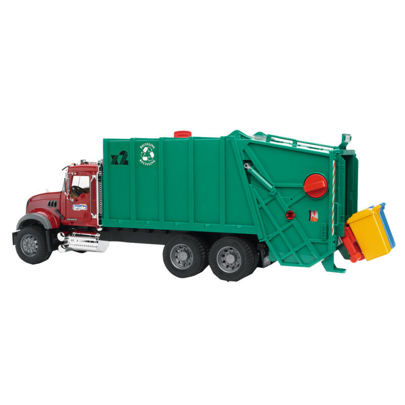 02812 02812 02812 Bruder MACK Granite Müll-LKW (rubinrot-grün)  Profi Serie 3781a7