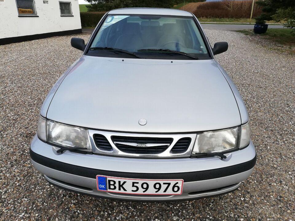 Saab 9-3 2,0i SE Benzin modelår 1998 km 218000 Sølvmetal