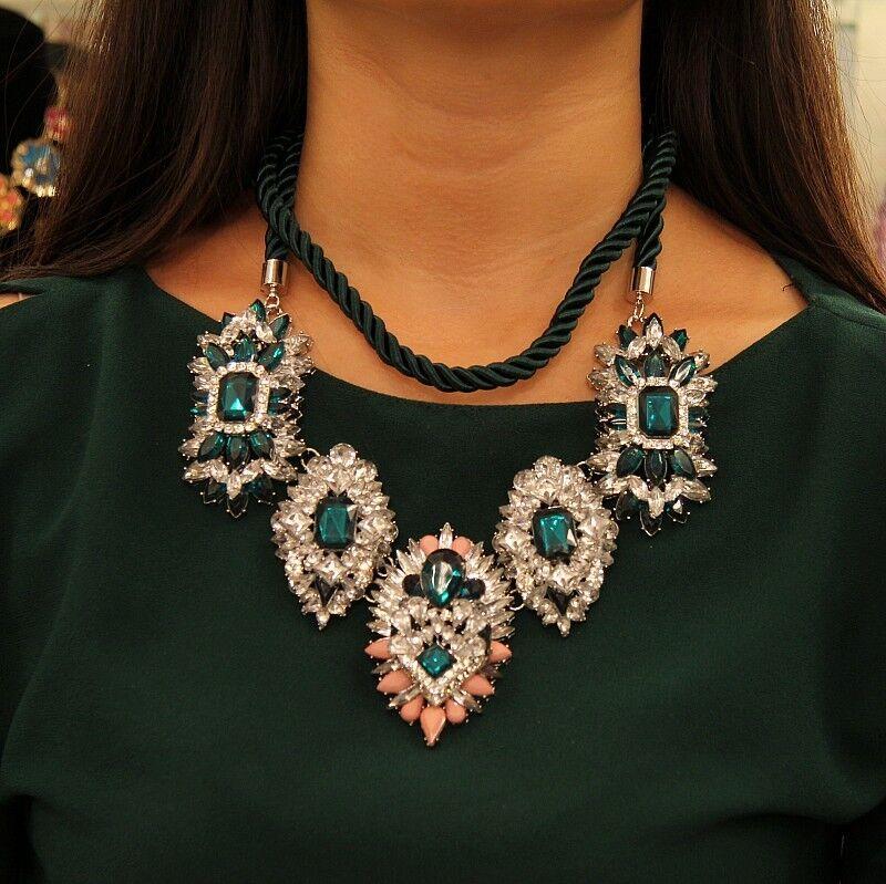 Halskette extravagante groß Anhänger Schnur Kristall silvern green Original SRK 2