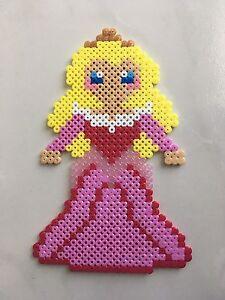 Détails Sur Pixel Art Perles A Repasser Aurore La Belle Au Bois Dormant De Disney