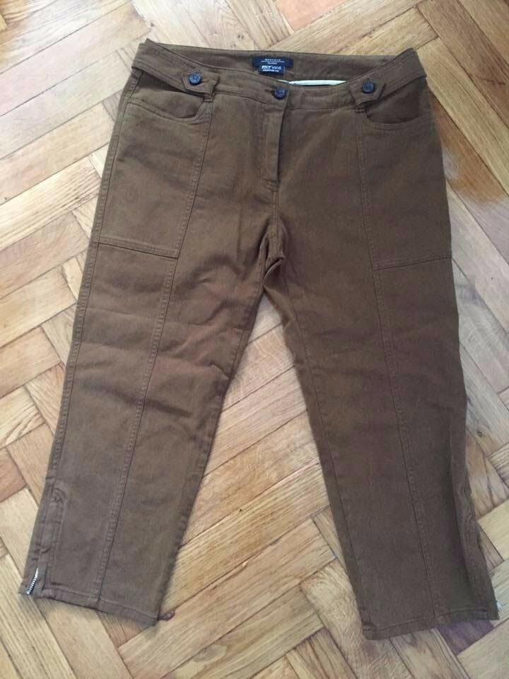 Weekend Max Mara pants 3 4 brown spring women Size 42 capris cropped