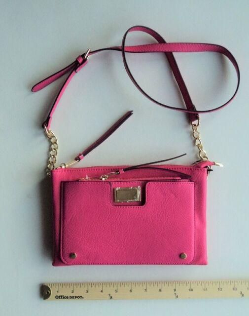 714571e02aa0 Juicy Couture Signature Hot Pink 2 in 1 Crossbody Clutch Bag 3 Pockt Zip Top
