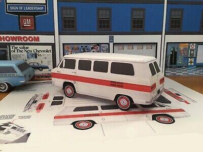 Papercraft 1969 Chevrolet Corvair Monza 2 door cpe paper model  EZU-make