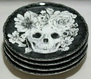 222-Fifth-Marbella-Skull-Halloween-Porcelain-B-amp-W-Salad-Plates-Set-of-Four-New