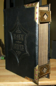 RESTORED-Antique-c1885-Family-Bible-BRASS-CORNER-CLASPS-beautiful