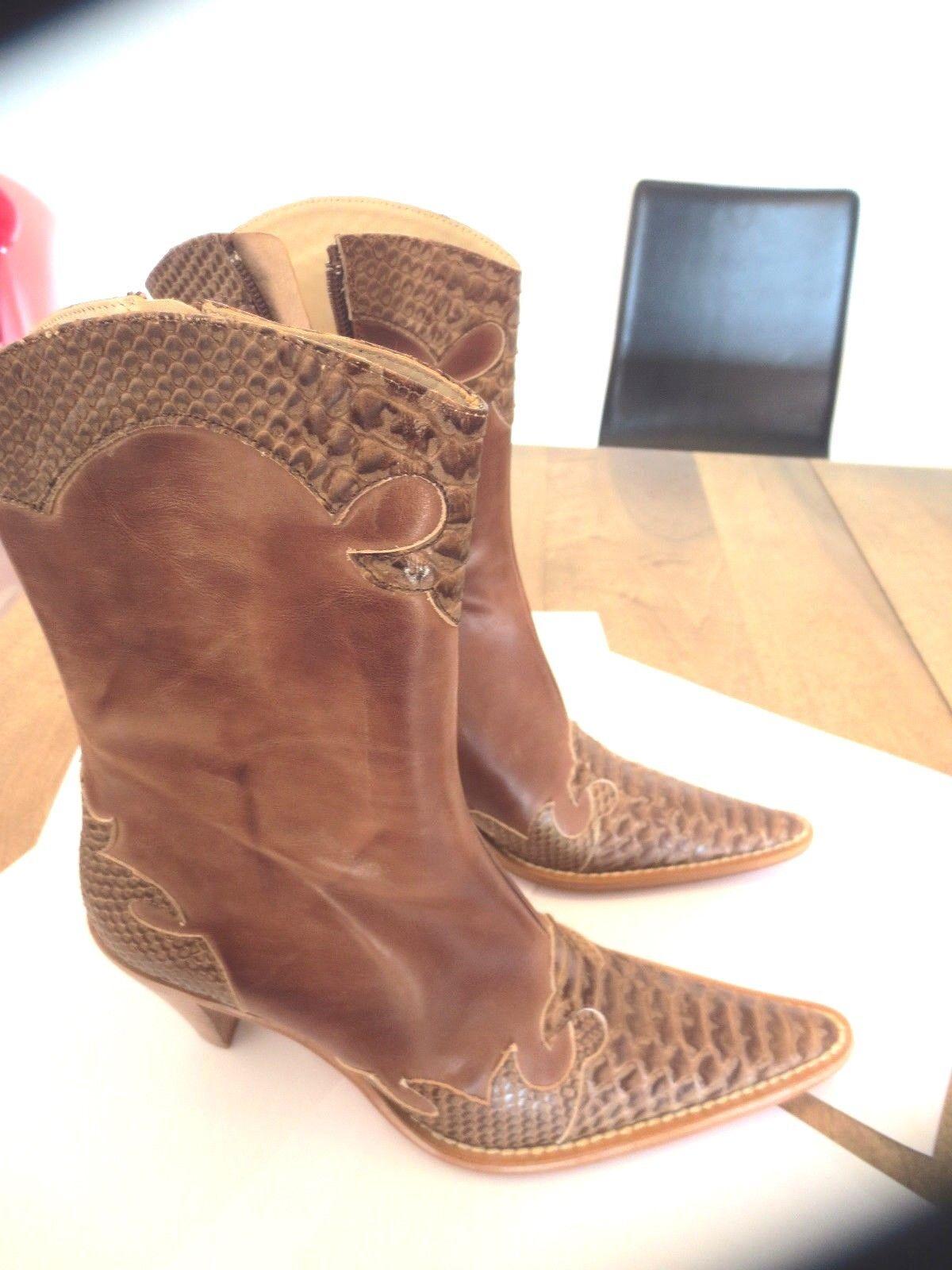 Boots forme santiag cuir beige NEUVE Valeur149E talon 7cm Pointures 37, 38,41