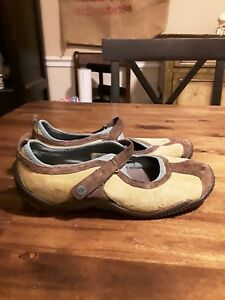 MERRELL-Women-sz-7-5-CIRCUIT-MJ-Moss-Mary-Jane-Suede-Ortholite-Air-Cushion-Shoe