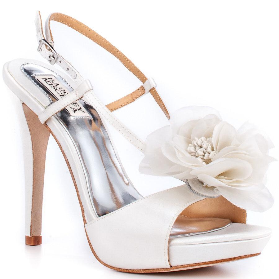 Nuevo En Caja Caja Caja Badgley Mischka Zabrina Boda Nupcial Flor Tacones Sandalias Zapatos blancooo 10 M  tienda de ventas outlet