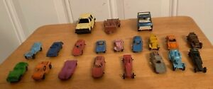 VINTAGE LOT OF 20 DIECAST TOOTSIETOYS NICE COLLECTION