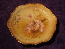 Assiette porcelaine Limoges Delinières fin 19èm début 20ème or décor floral rose