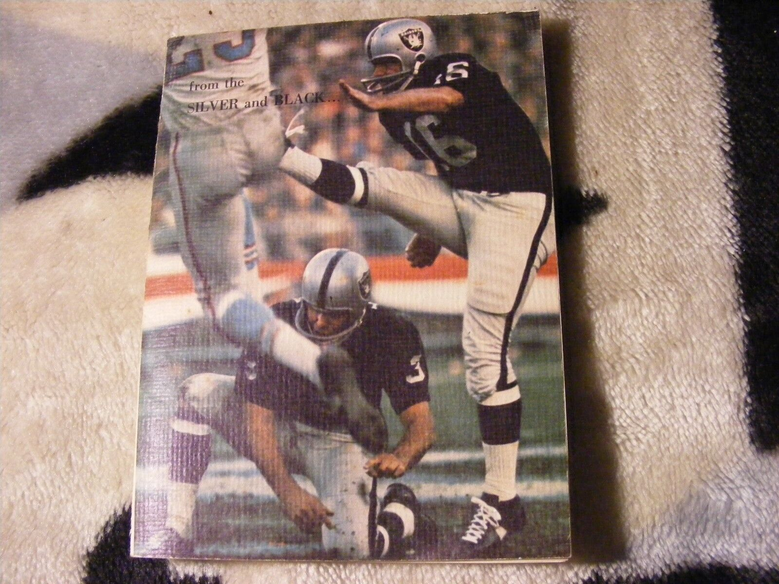 NFL Oakland Raiders Vintage 1970 Oakland Raiders Christmas Card  good condition