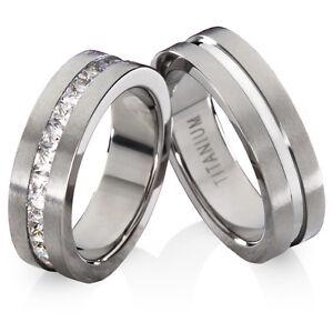 Eheringe-Trauringe-Verlobungsringe-aus-Titan-mit-Zirkonia-Ringe-Gravur-TB605