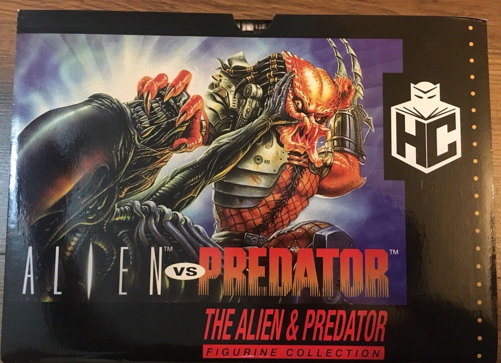 Alien- Alien vs Predator Video Game Figurine Set