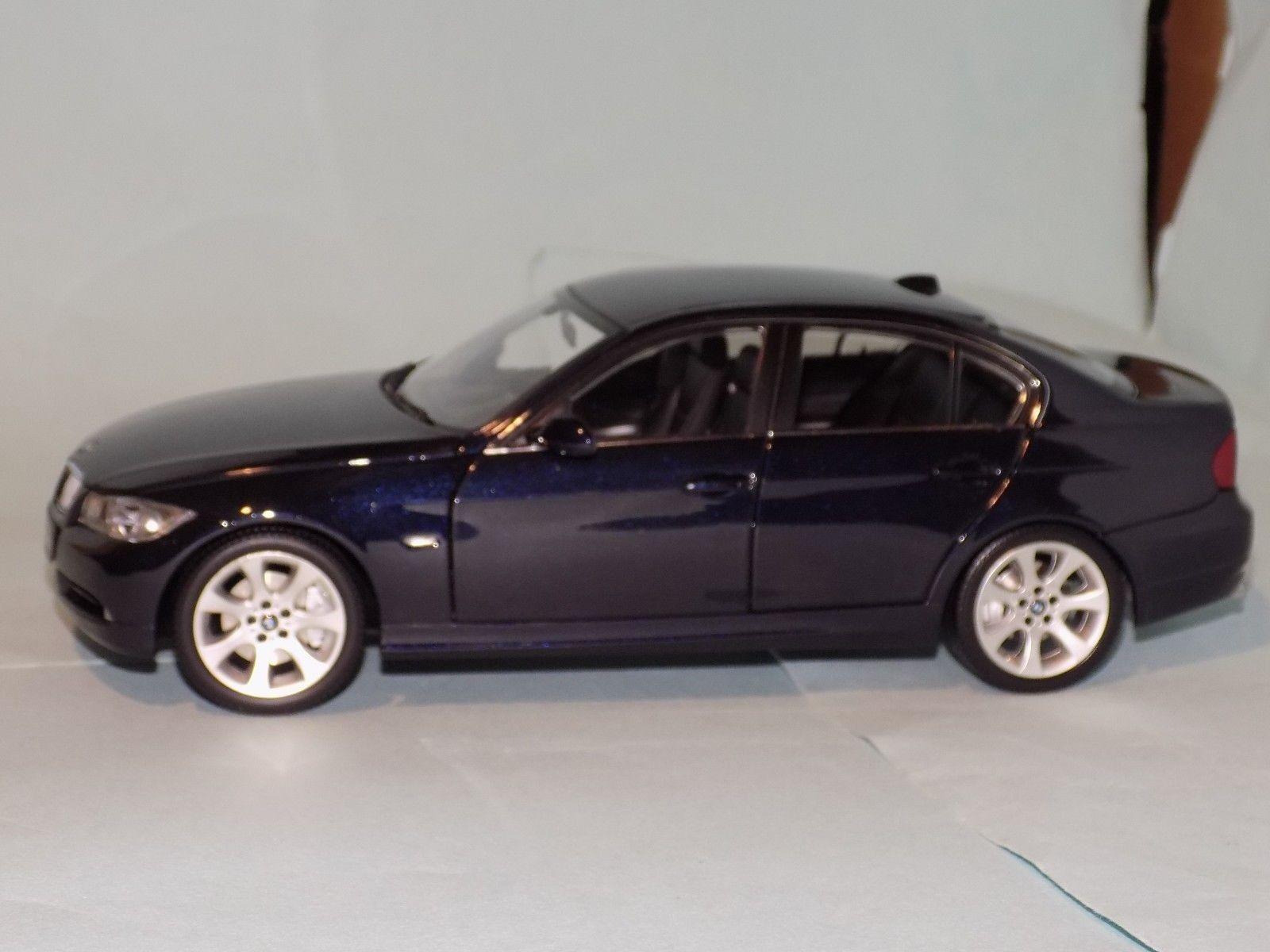BMW 3 Series 330i E90 Sedan bluee Navy bluee   KYOSHO  08731NB  1 18