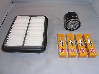 Vauxhall Zafira 2.2 Petrol Service Kit Oil Air Filter Spark Plugs 2005-Onwards