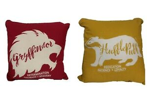 Harry-Potter-House-Cushion-Gryffindor-Hufflepuff-Ravenclaw-Slytherin-Pillow