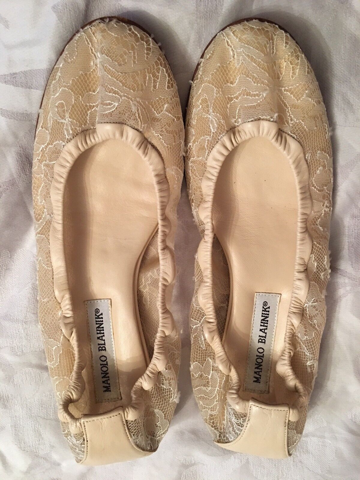 New Donna's Designer Manolo Blahnik Ivory Lace Flats Size 38.5 Made In Italy