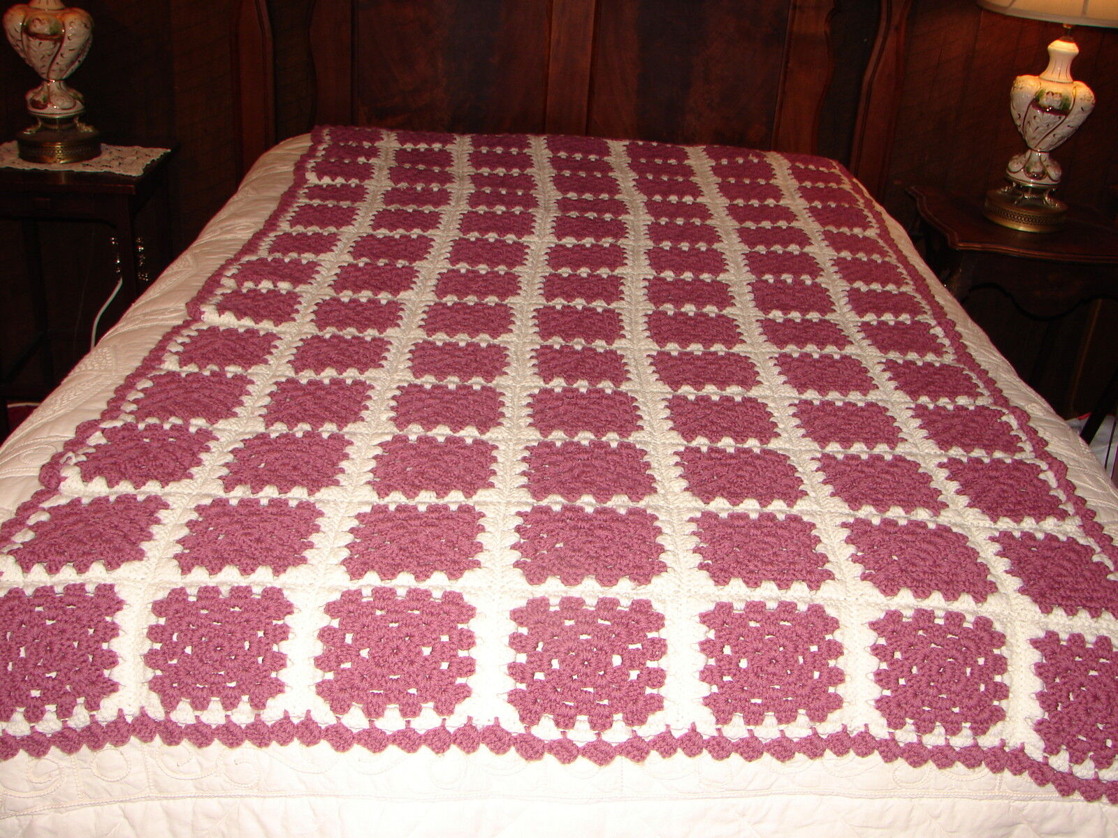 NEW AFGHAN   Handmade HANDCRAFTED Crochet Throw Blanket Afghan Granny Square
