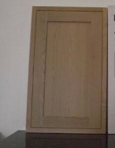 mfi-Kelmscott-Howdens-Haworth-SOLID-OAK-KITCHEN-500-x-918mm-LARDER-DOOR-KO59