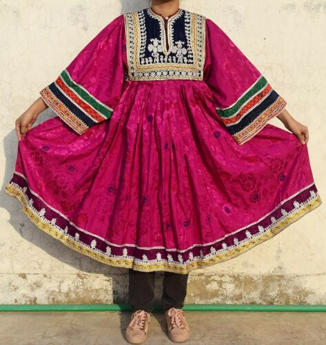 Ethnic traditional dress Nomad costume afghan Vint
