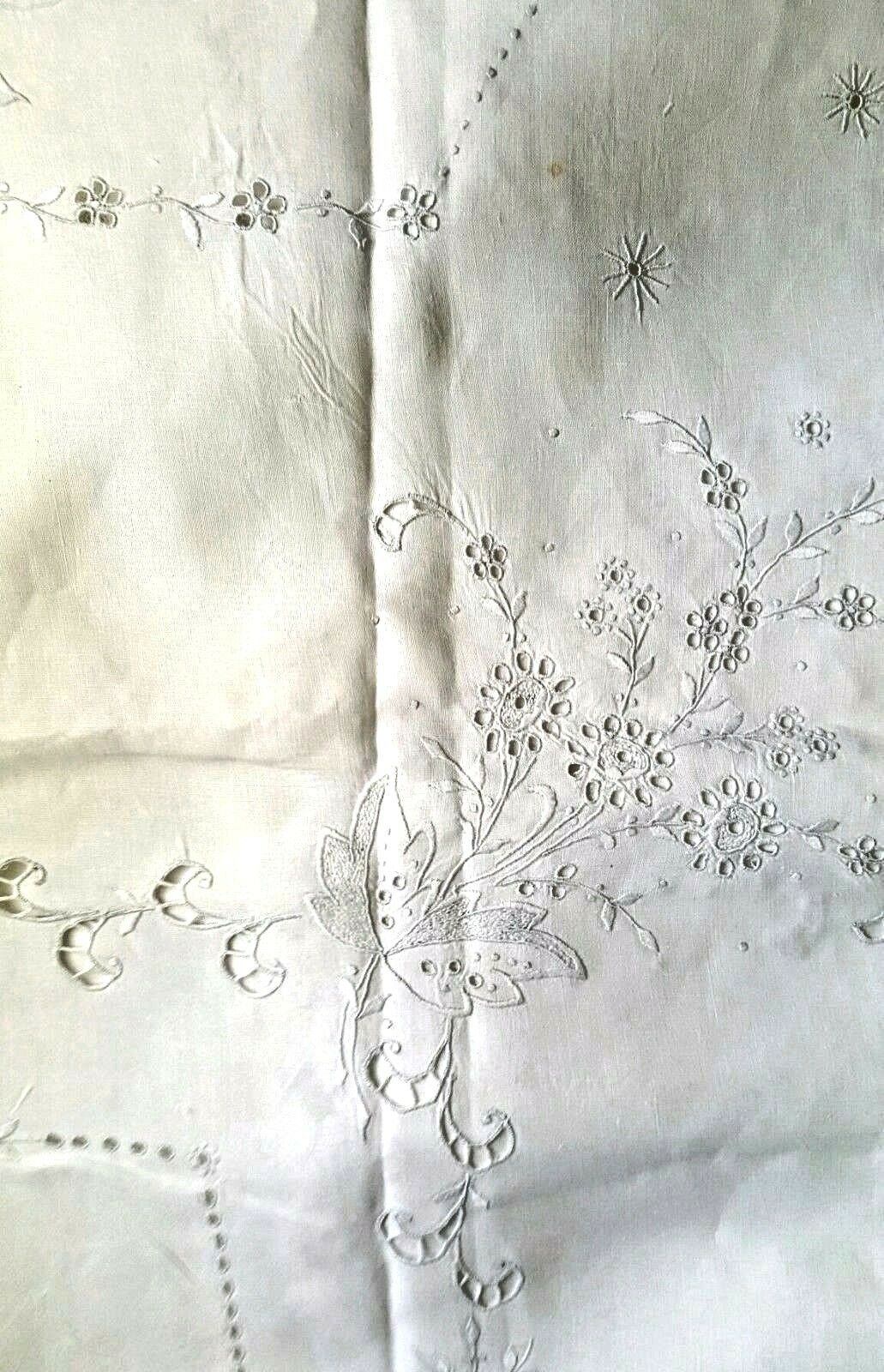 Vintage Gorgeous 100% lin main Broderie & Cut Work Nappe 68  X 100