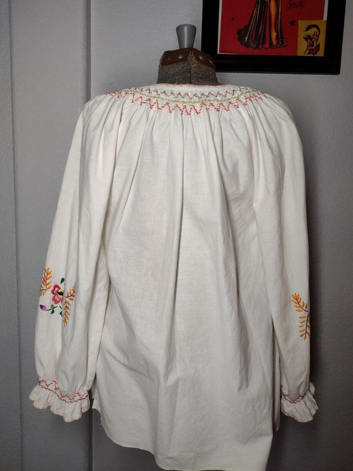 vintage hungarian blouse - image 3