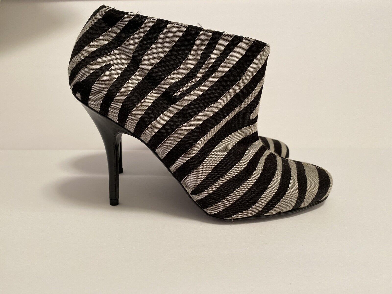 Stella McCartney Zebra Striped Boots Size 36 - image 2