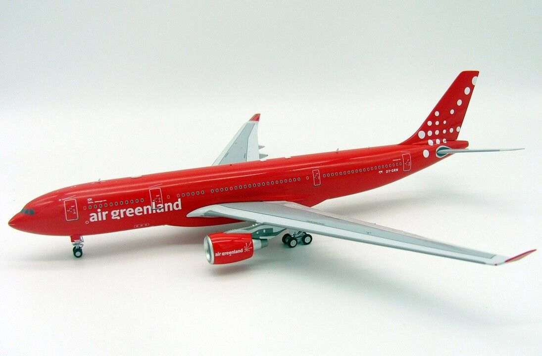INFLIGHT 200 IF3320118 1 200 AIR GREENLAND AIRBUS A330-200 OY-GRN WITH STAND