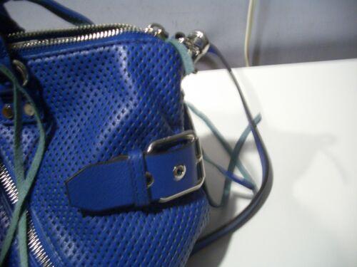 Micro Minkoff Lederumhngetasche Blaue Umhngetasche Rebecca moto Aus Mit Mint Perforierte dXt1xnnq7w