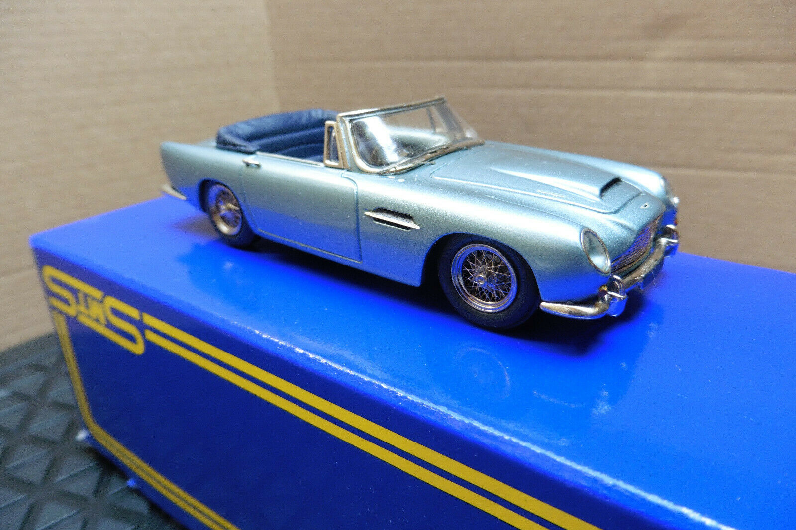 SMTS MODELS 1 43 CL II ASTON MARTIN DB5 CONGrünABLE Weiß METAL BOXED