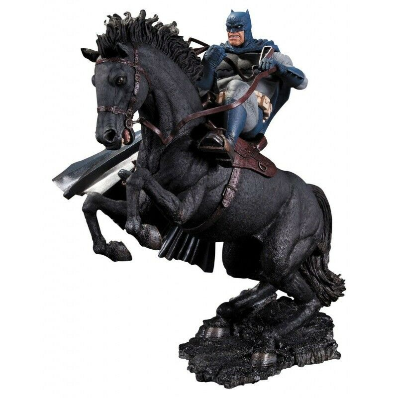 DC Batman The Dark Knight Returns Statuen A Call To Arms 37 cm
