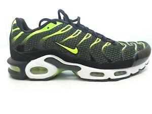 Nike-Men-039-s-Air-Max-Plus-TN-Mesh-Running-Shoes-Color-Black-Volt-size-9-5-US