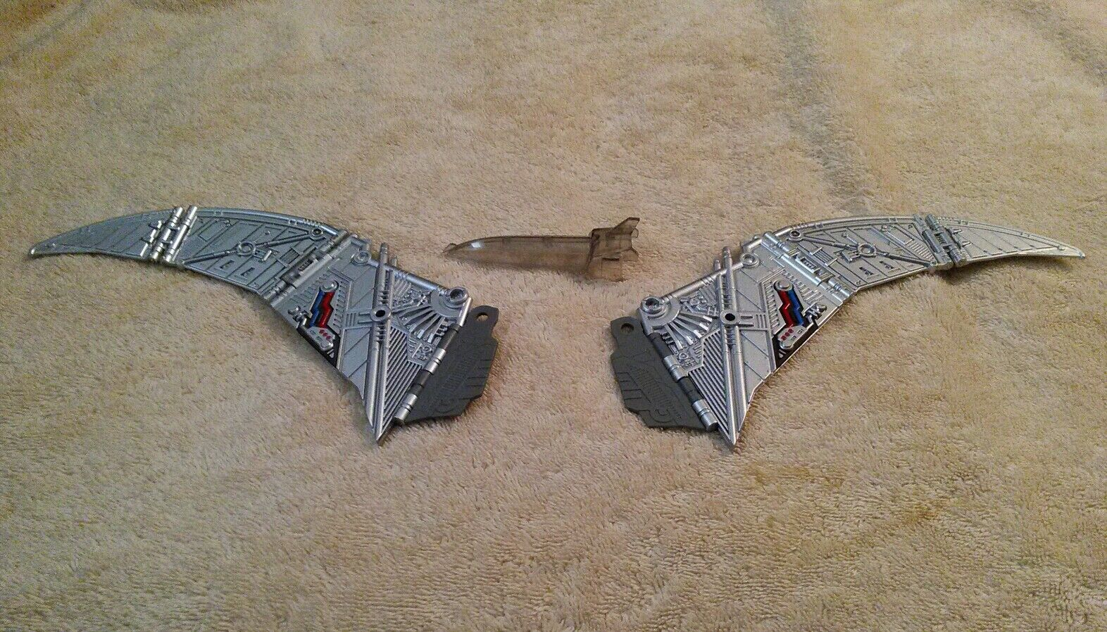 Transformers Fans Toys MP FT-05 Soar Swoops Metallic Grey Wing's and Clear Beak