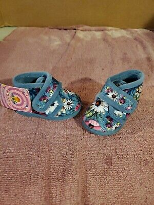 Cienta Scented Baby Girl Shoes Size 3.5