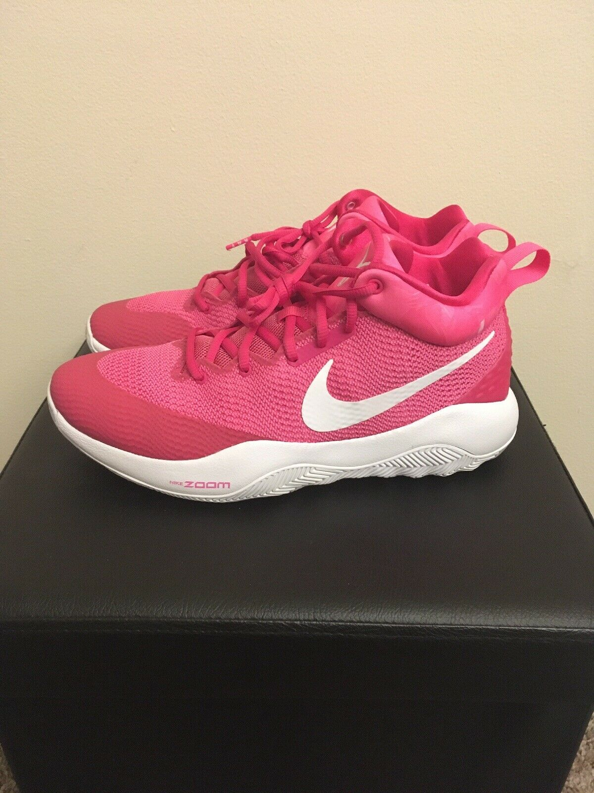 Nike Womens Zoom Rev Basketball Shoes