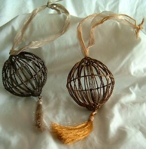 Christmas-Ornament-Wired-Silvertone-Birdcage-Hanging-8in