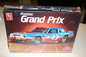 1-16-PONTIAC-GRAND-PRIX-NASCAR-RICHARD-PETTY-STP-LTD-EDITION-ORIGINAL-WRAPPED