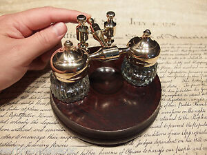 Vintage-Antique-Style-Gold-Brass-Hardwood-w-2-Clear-Glass-Inkwell-bottles-pots