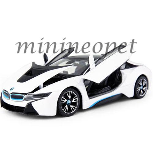 RASTAR 56500 BMW i8 1/24 DIECAST MODEL CAR WHITE